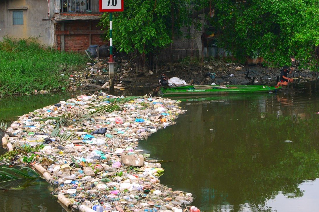 A river canal in Ho Chi Minh City choked by mostly plastic waste. Photo: Sen Nguyen
