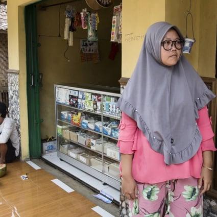 Sex indonesian Indonesian: 2,198